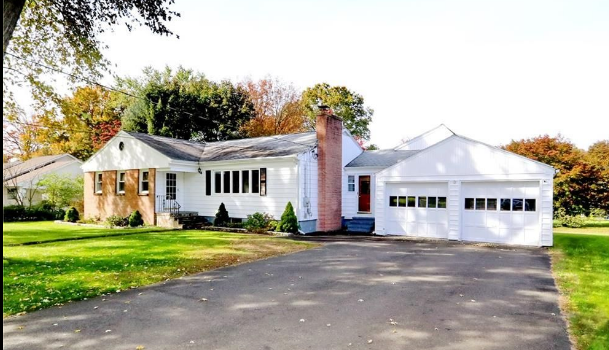 Open House: 4 Bedroom Ranch On Nice Street Close to School