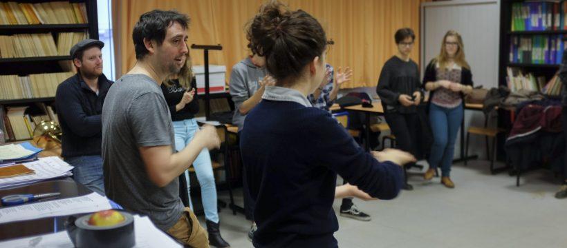 Rythme Signé percussion corporelle au lycée Aristide Briand (Saint-Nazaire) avec Gwenael Dedonder de Sysmo 2