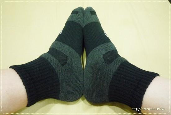 titan運動襪