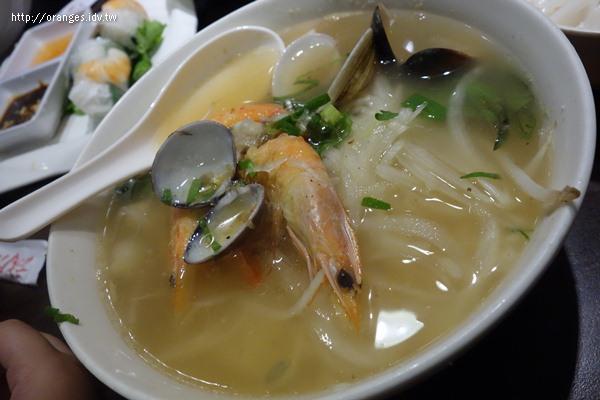 誠記越南麵食館