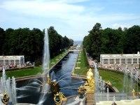 Peterhof Brunnen | Die spektakulrsten Brunnen der Welt ...