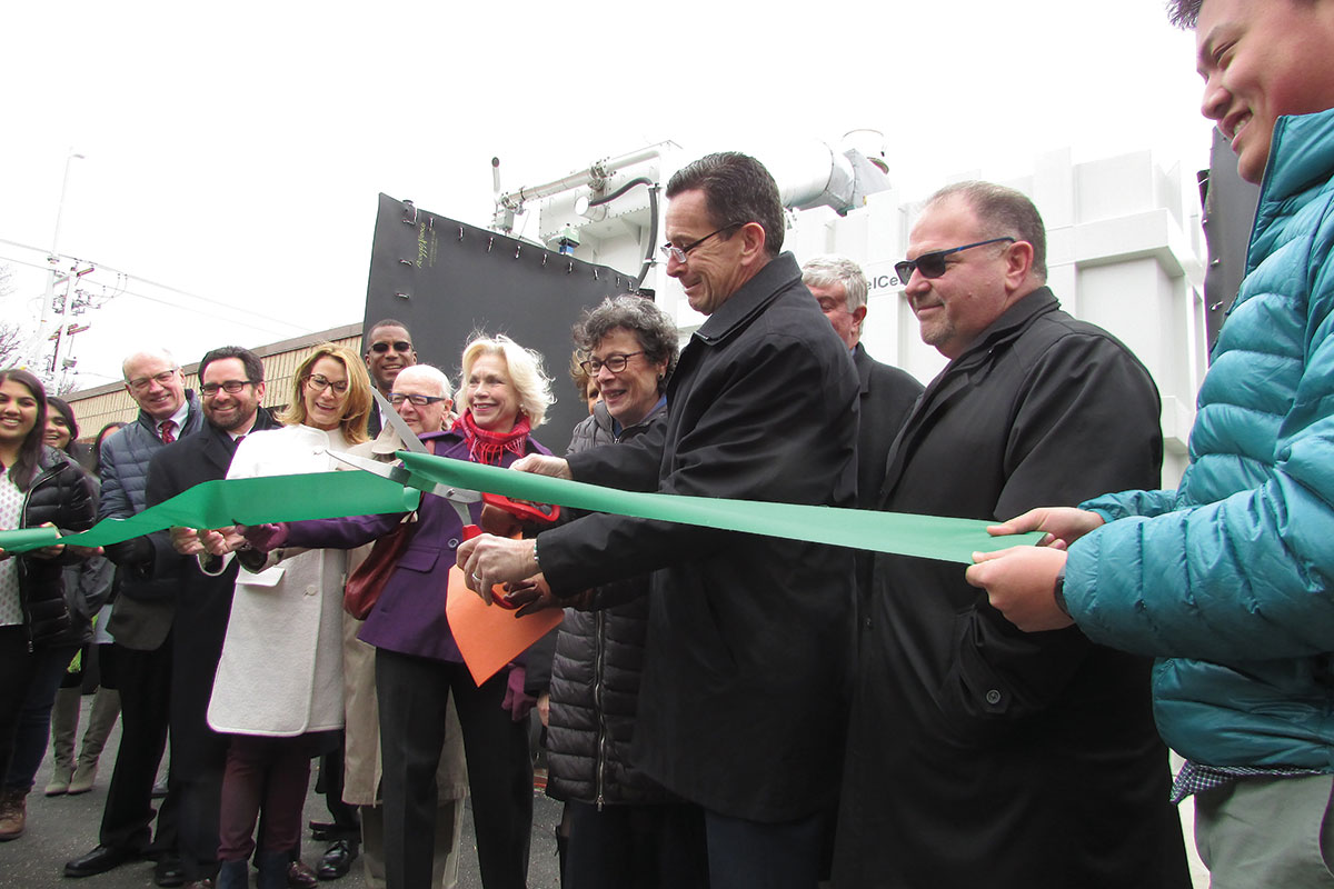 Amity High School Cuts Ribbon for New Fuel Cell