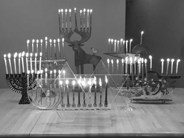 Chanukah at Temple Emanuel of Greater New Haven