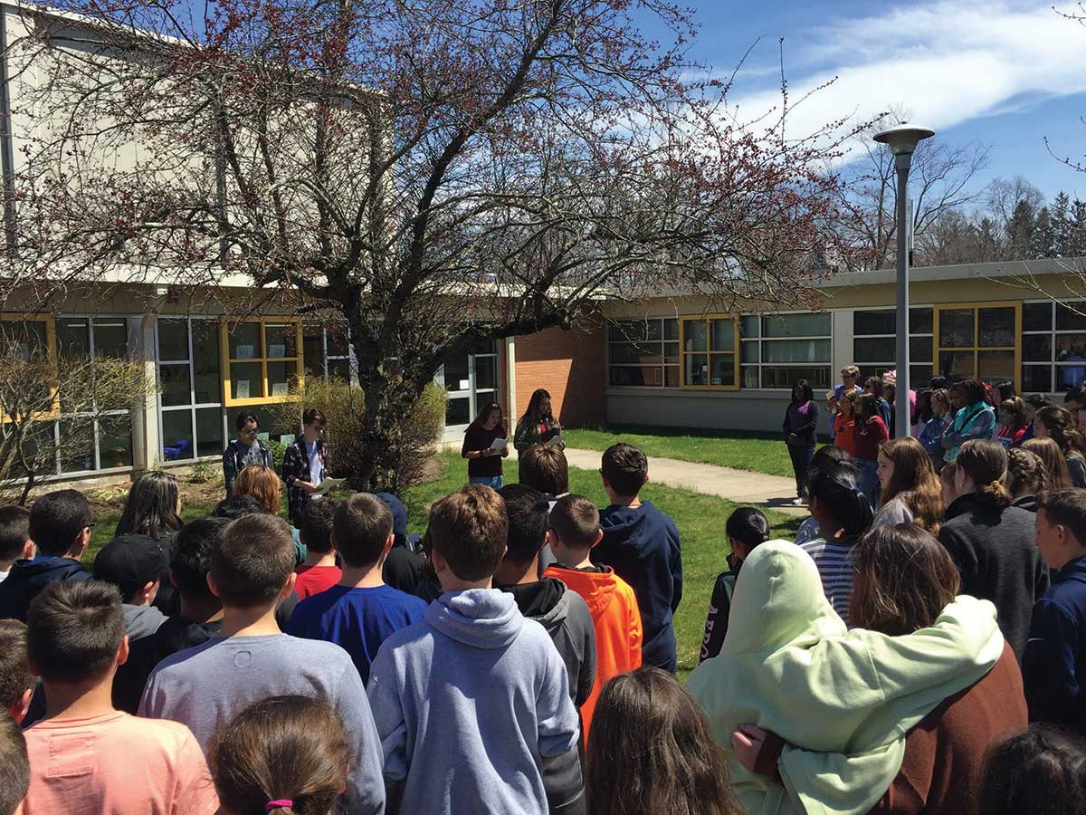 Middle School Students Create Memorial for School Shooting Victims