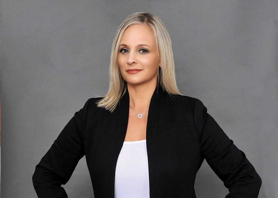 Jessica Scandiffio Affiliates With Coldwell Banker Realty