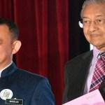 Teka-teki siapa pengganti Dr Maszlee terjawab, Tun Mahathir akan pangku sehingga…