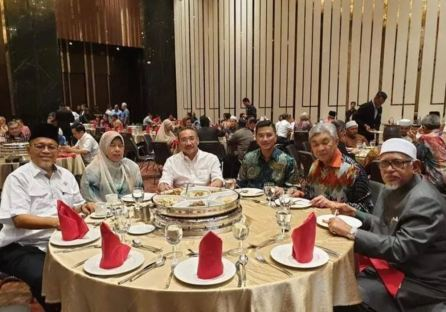 Hotel Sheraton Pakatan Nasional Azmin