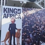 """Lim Kok Wing promosikan diri sebagai """"King of Africa"""", tapi didakwa rasis? Ini ceritanya"""