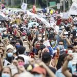 Selain Amerika Syarikat, di Filipina pun ada protes besar-besaran terhadap Presiden diorang