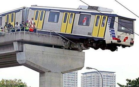 lrt kemalangan 2006