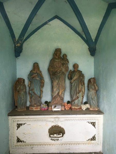 Intérieur de la chapelle N.D de la Paix