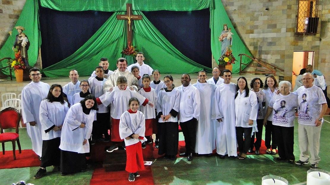 Pe. Piccinini preside Missa da 1ª Noite da Novena de São Luiz