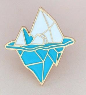 Broche-Montanha-Azul A Coroa da Ruína, 3ª Parte: As Filactérias de Arantos, sessão VI