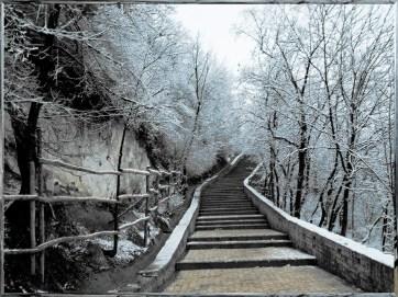 escadaria-inverno-200x150 Mbanktu Vuyani, do Sangue Ancestral
