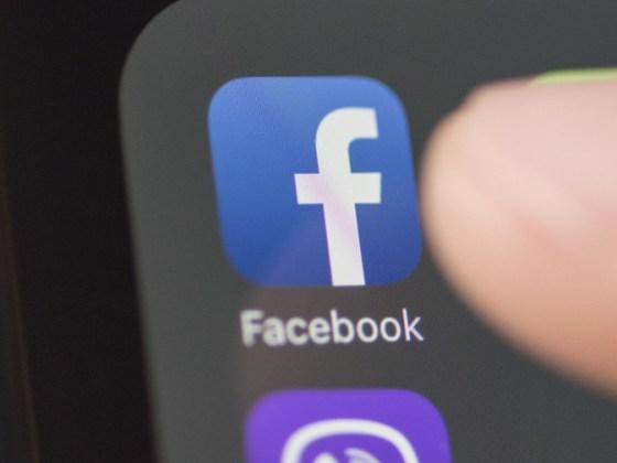 application-mobile-facebook