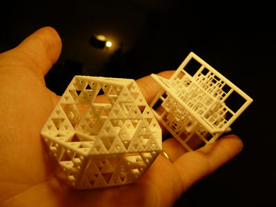3D printed fractal by Jeremie Brunet on Fractalforums.com