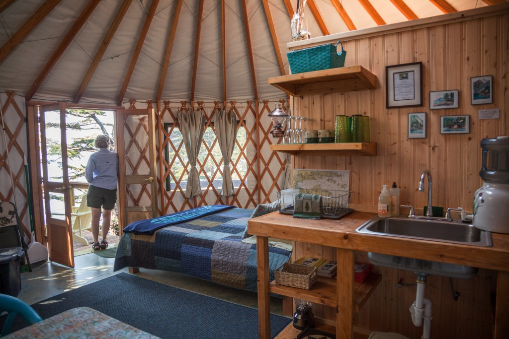 kitchen island discount farm decor nightly cabin rentals, seward alaska; alaska cabins ...