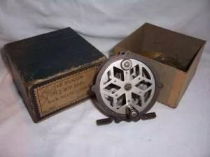 bronson-single-action-fly reel-3