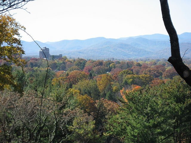 asheville fall foliage on