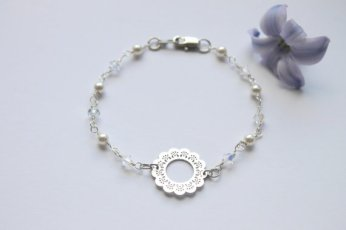 Swarovski & pearl doily bracelet