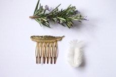 NEW SS16 Gold Feather hair comb