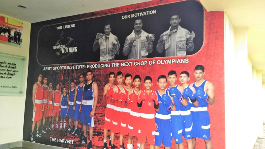 A large sized wall sticker showing members of a boxing team