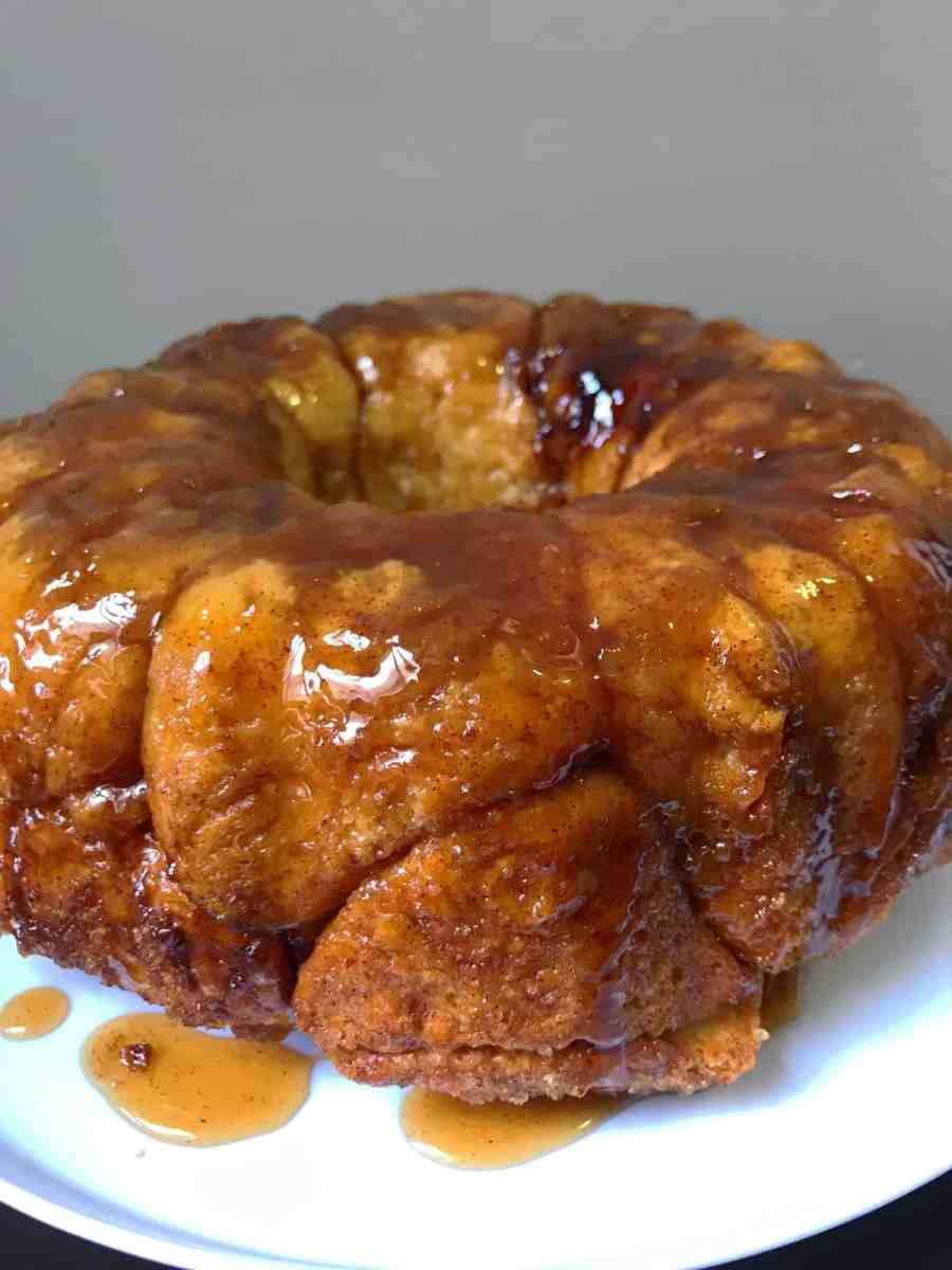 Delicious Cinnamon Maple Syrup Monkey Bread