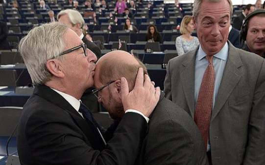 juncker farage kiss