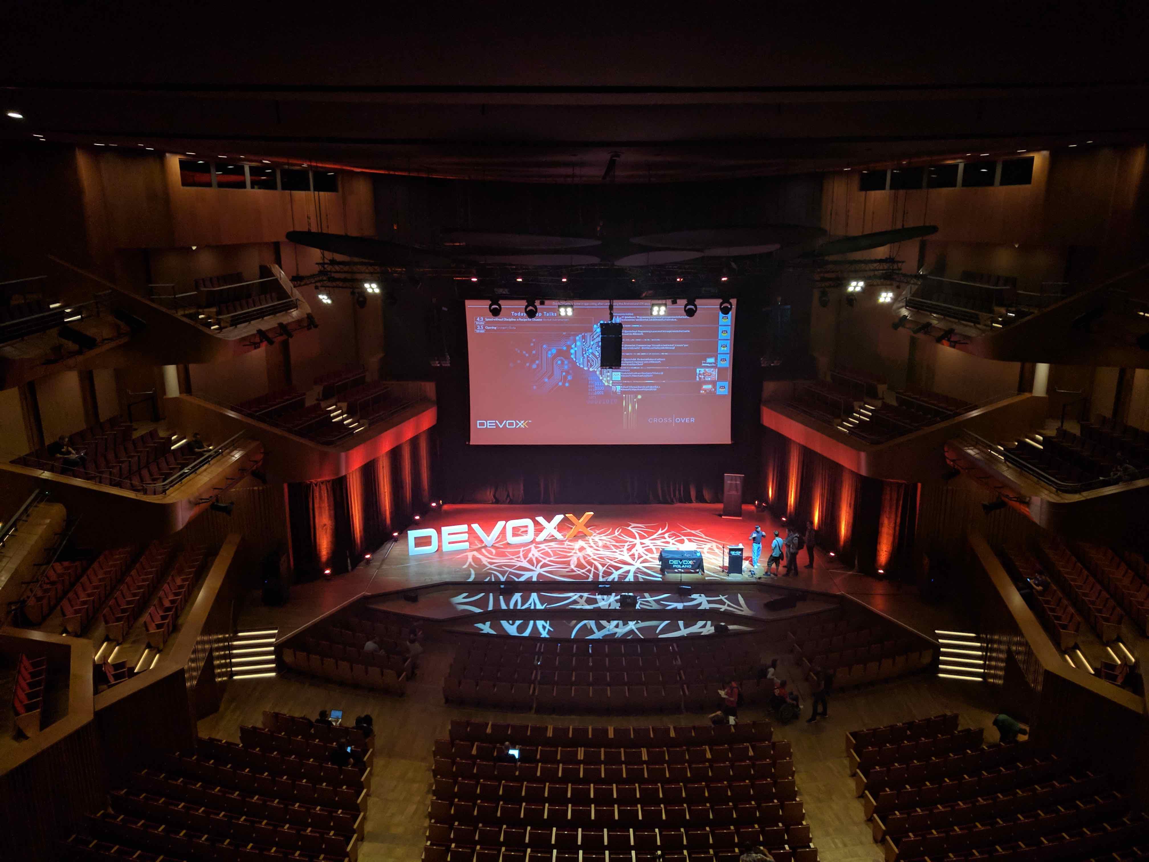 Devoxx Poland 2017  Jeff Mesens and Bart Blommaerts