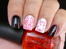 OPI - the color of minnie