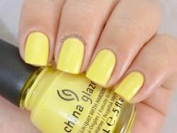 China Glaze - Lemon fizz