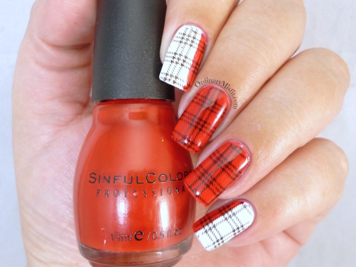 White and red plaid nail art  2