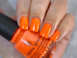 China Glaze - Red-y to rave