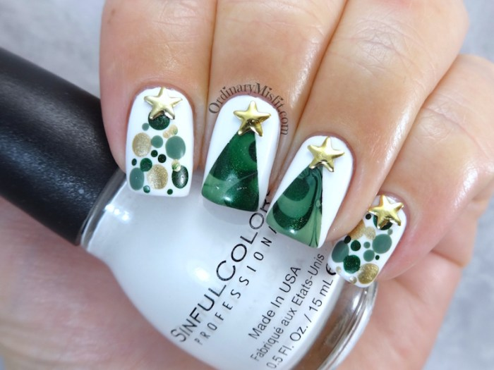 NailLinkup Oh Christmas Tree nail art