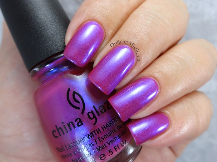 China Glaze - Reggae to riches