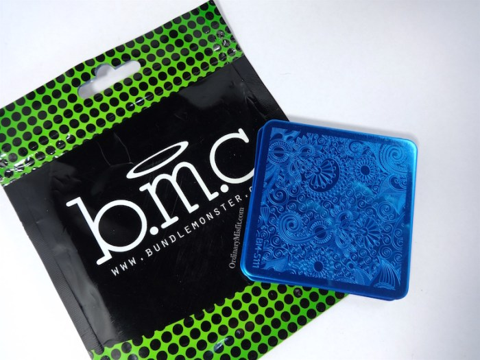 Bundle Monster Paisly Flow stamping plates