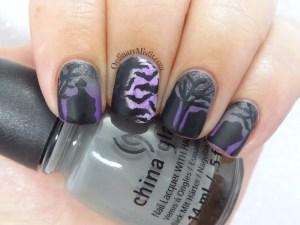 Twinsie post - Halloween nails