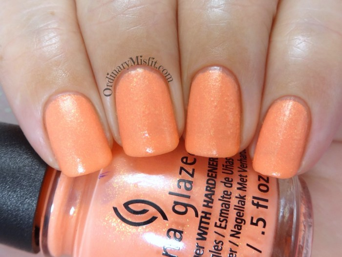 China Glaze - Tropic of conversation