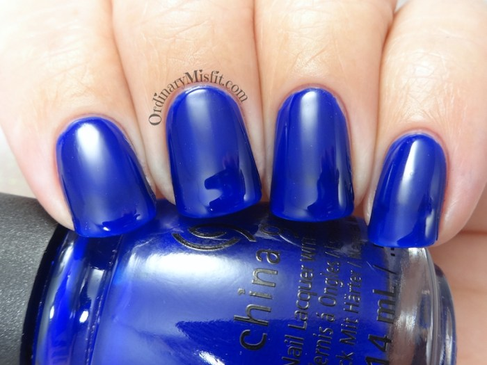 China Glaze - Simply fa-blue-less