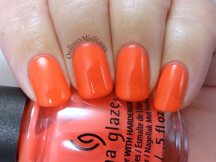 China Glaze - Sun-set the mood