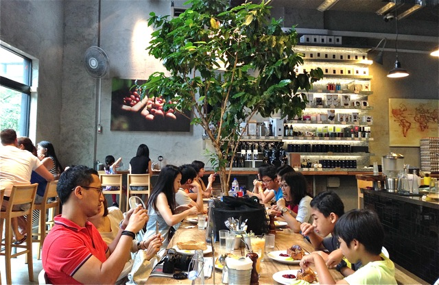 Cafe in Robertson Quay Singapore