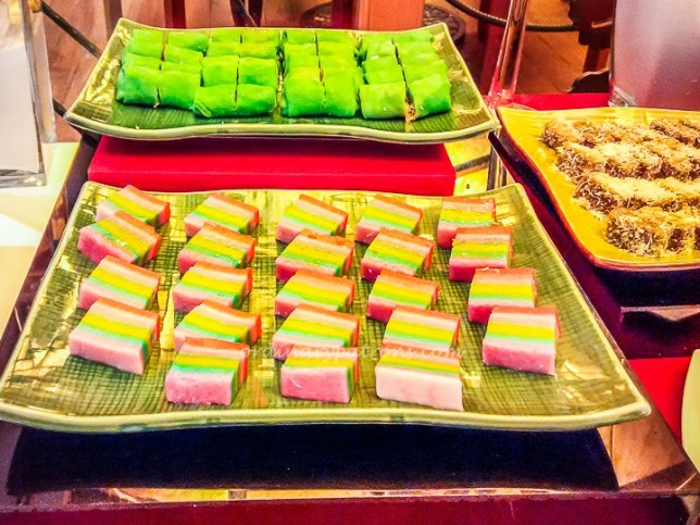 Buffet at Cafe Brio's Desserts