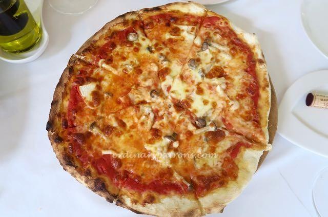 La Barca Singapore Italian Restaurant - 12