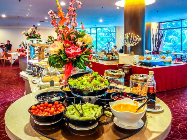 Buffet at Cafe Lodge YWCA
