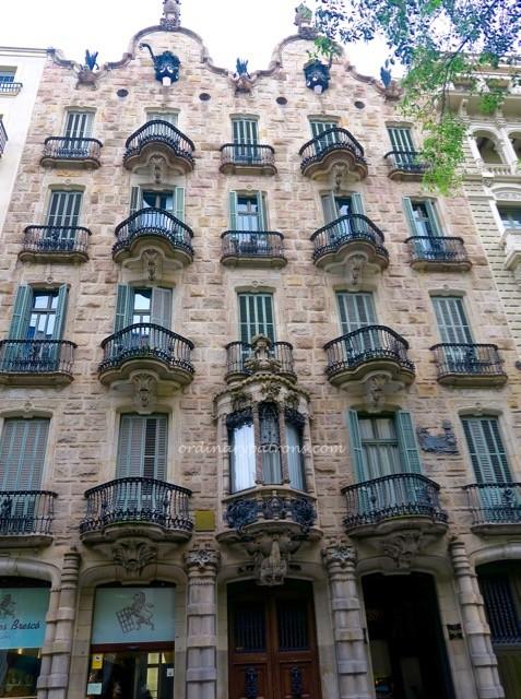 Casa Calvert Gaudi Restaurant Barcelona - 1