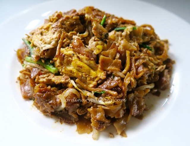 Guan Kee Fried Kway Teow at Ghim Moh Market