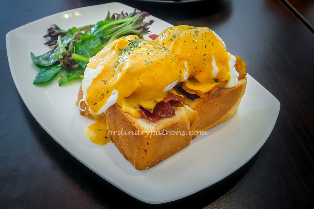 Two Tall Trees Eggs Benedict