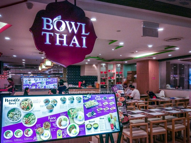 Bowl Thai restaurant in Chinatown Point