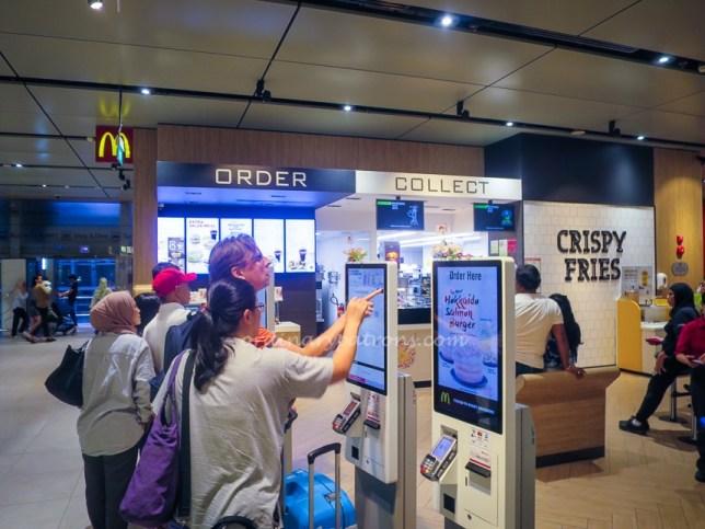 Changi Airport Terminal 4 McDonald's