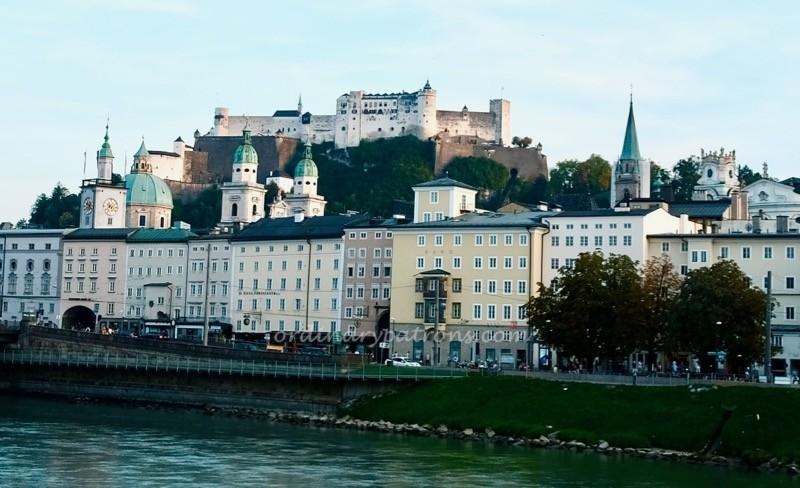 Salzburg fortress dinner and concert